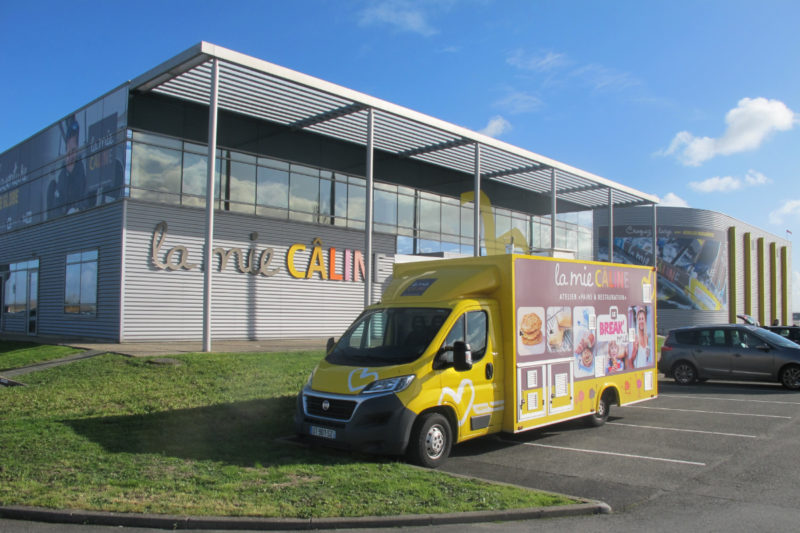 La Mie Caline's central bakery supplies more than 230 shops throughout France.