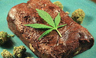 Cannabisbrownie_lead