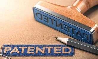 Patents11192018