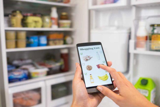 E-commerce, Snacking