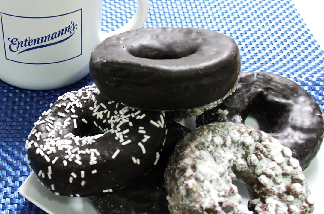 Entenmanns chocolate donuts, Bimbo Bakeries USA