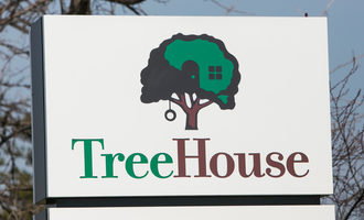 Treehousesign lead1