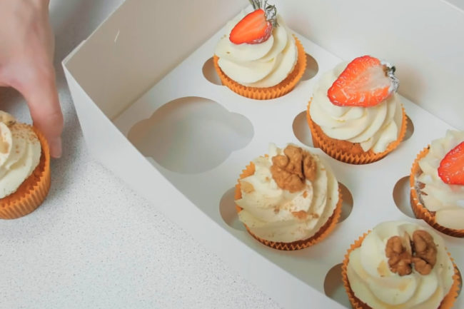 Carryout cupcakes