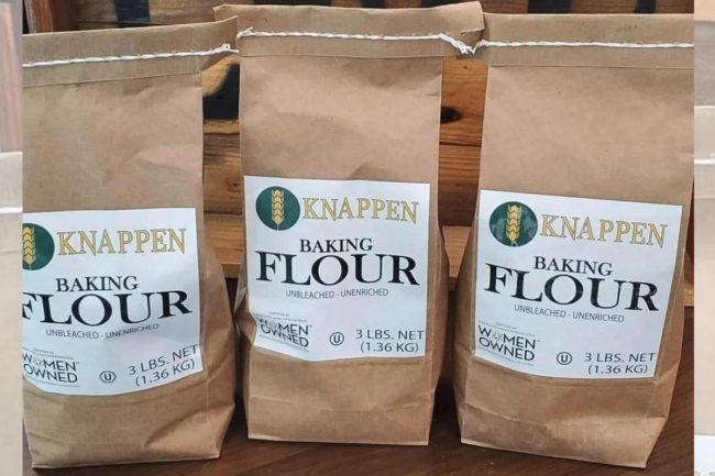 Knappen baking flour