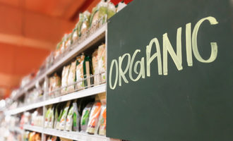 Organicfoodaisle lead