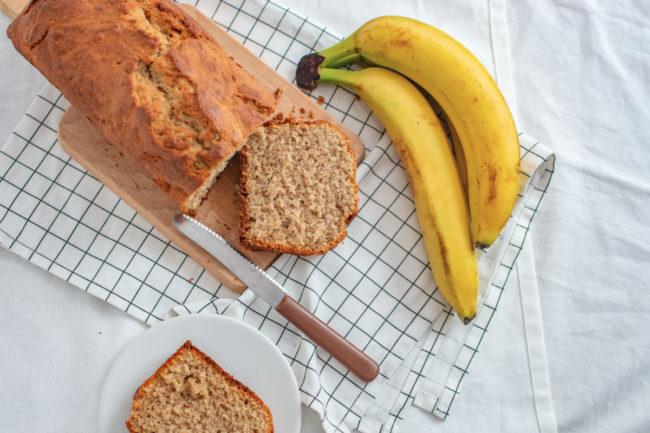 Bread made with banana flour