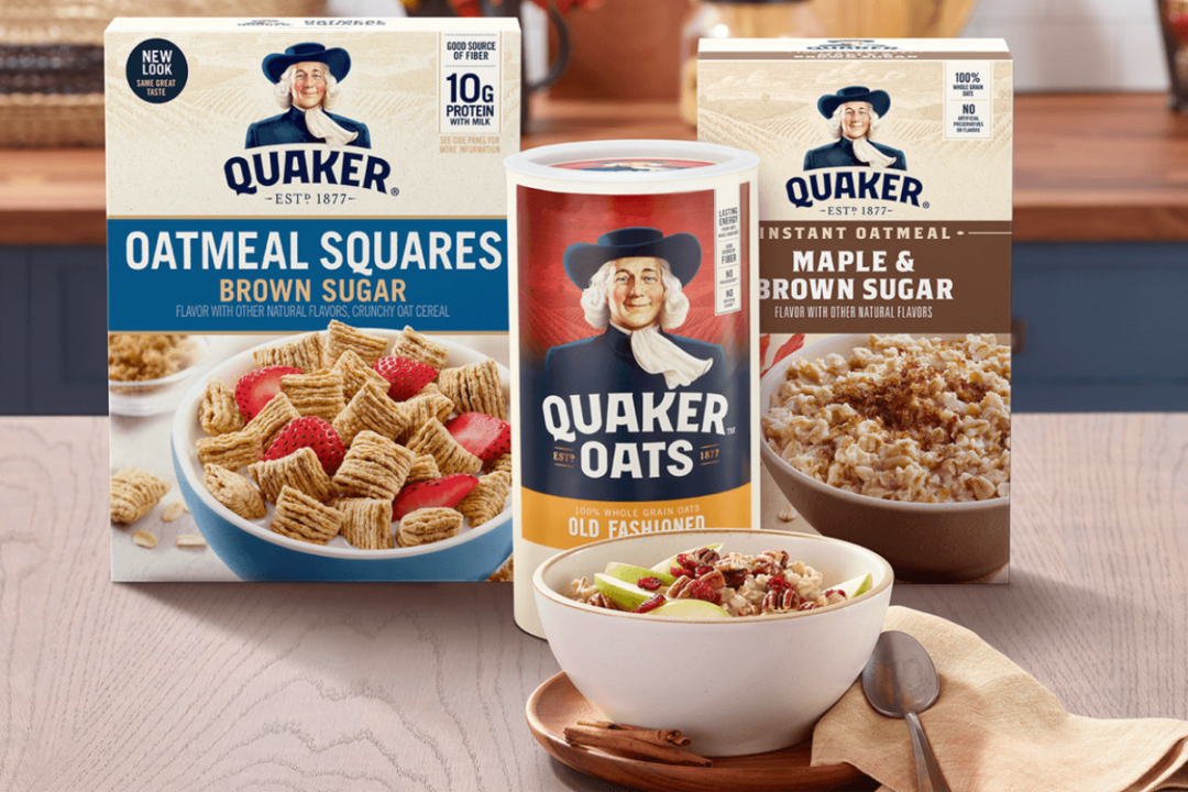 Quaker oats, cinnamon instant oatmeal and oatmeal squares
