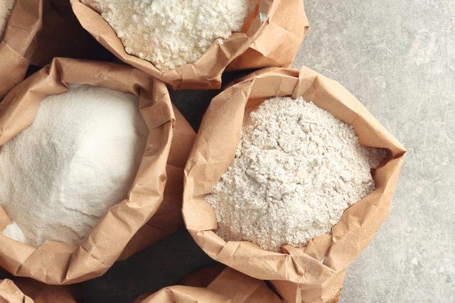 Flourbags lead