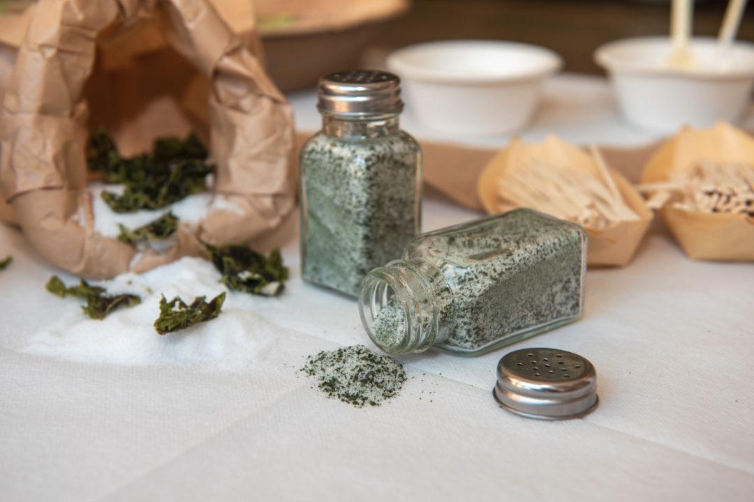 Seaweed salt mix