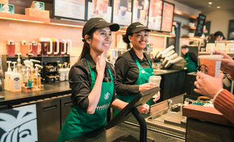 Starbuckssigningstore_lead
