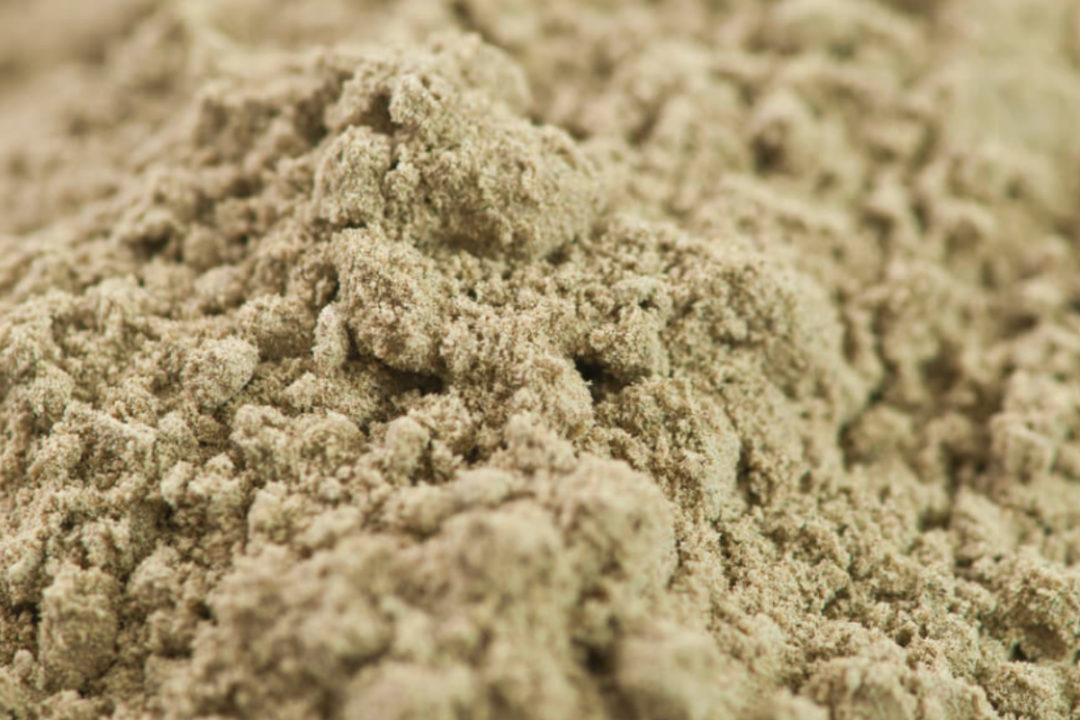 Hemp and pea protein powder