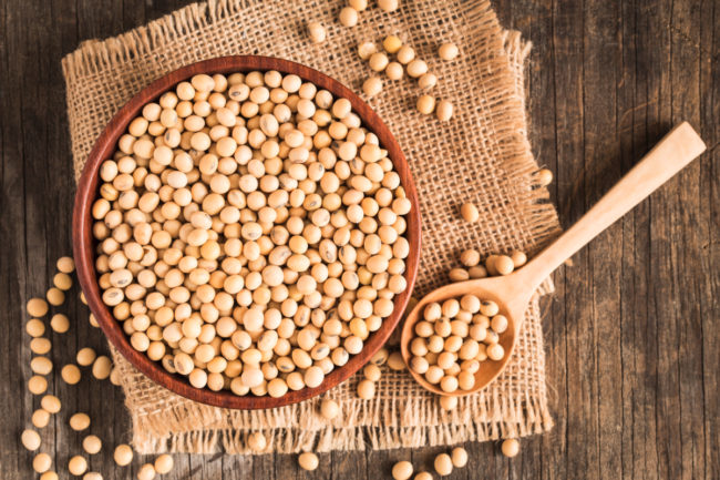 Soybeans in bowl and spoon