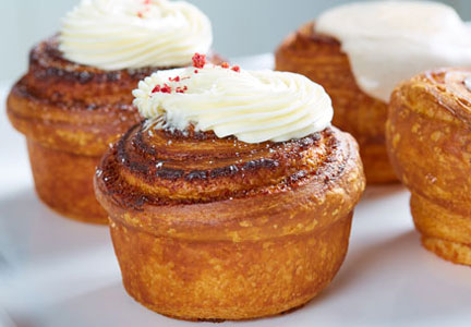 Bisous Bisous Pâtisserie raspberry cruffin